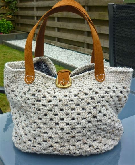 crochet bag with handles pattern 17 best images about crochet bag on pinterest crocheted