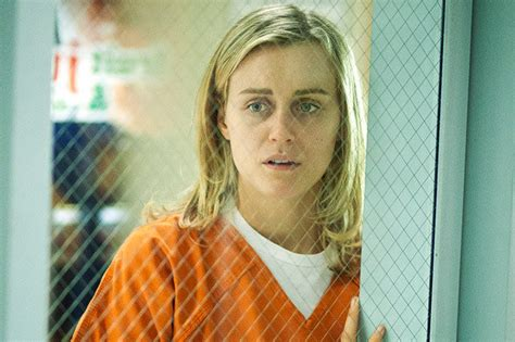 taylor schilling tattoo سبتمبر 2013 global news
