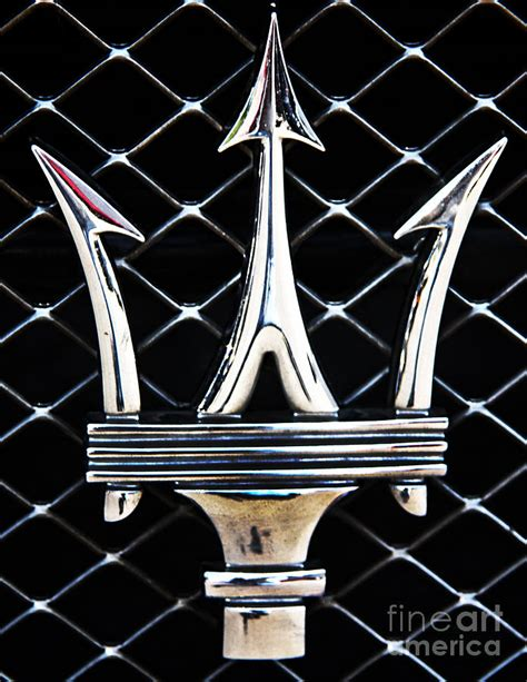maserati back logo maserati emblem by tom griffithe