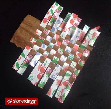 How To Make A Blunt Out Of Paper - how to roll a bloint stoner guide