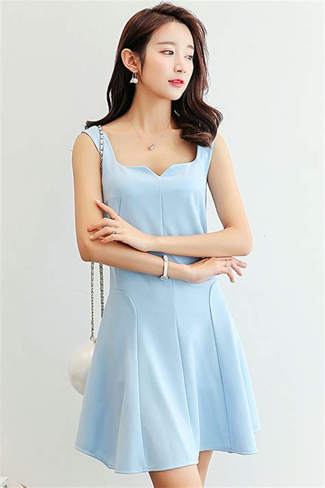 light blue dress south korea airport fashion kpop drama