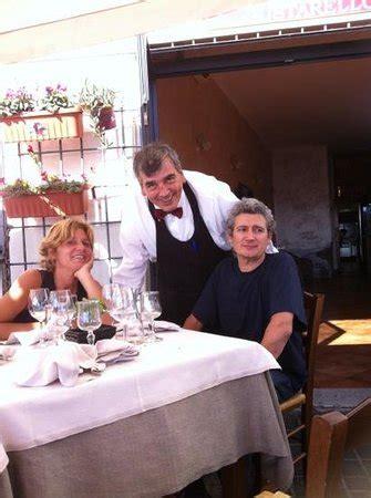 il cameriere perfetto au gustarello un cameriere perfetto un titolare unico