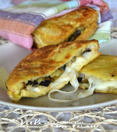 melanzane in carrozza mozzarella in carrozza con melanzane ricetta facile e sfiziosa