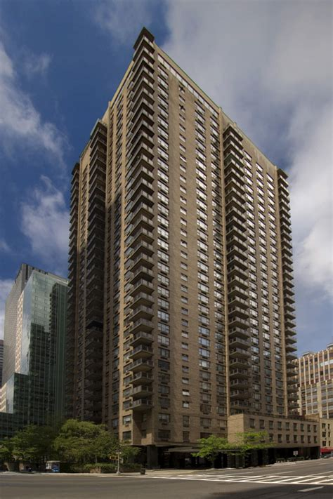 Luxury Apartment Building Ny 66 West 38th Rentals Atlas New York Apartments