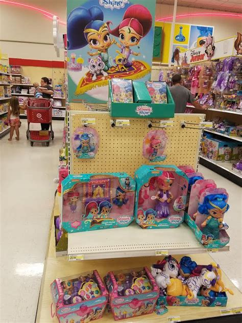 Make Your Selfie Shimmer and Shine PLUS Save 10% On Toys