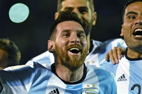 Lionel Messi Argentina World Cup Goals Hat Trick From Lionel Messi Takes Argentina