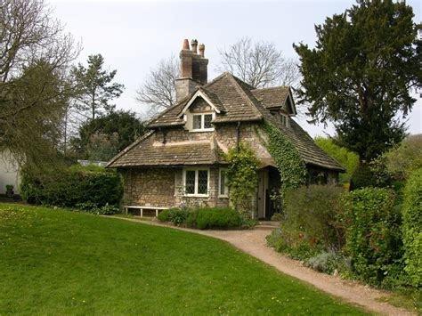 traditional cottage style homes cotswold cottage style sublime english beat decorating ideas gallery in exterior