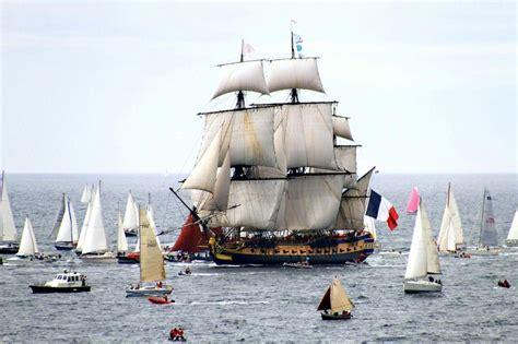 hermione bateau voyage l hermione reprendra la mer cet 233 t 233 en attendant un grand
