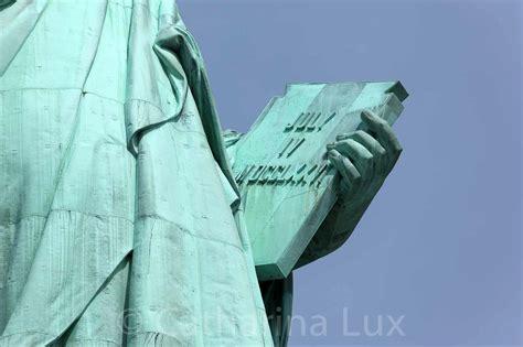 187 New York Freiheitsstatue Detail Arm Mit Tafel 4