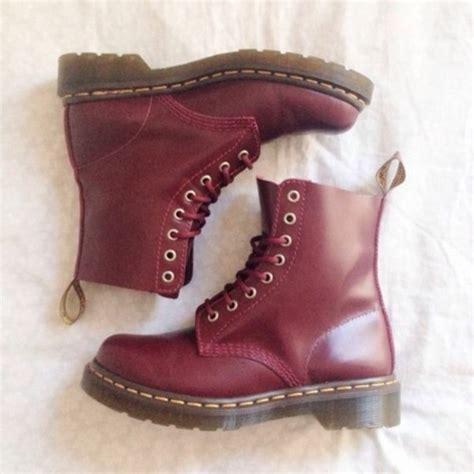 Sepatu Boots Dr Martin Docmart Maroon shoes dr marten boots dr martin doc martens drmartens leather burgundy boots