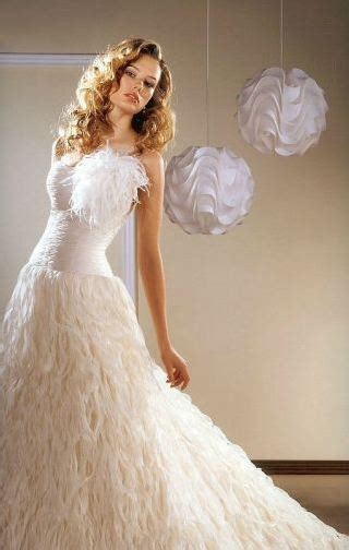 great mardi gras attire ideas for your theme wedding