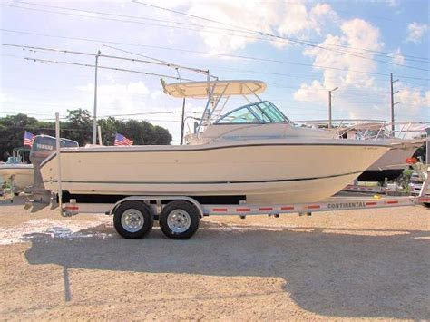 pursuit boats walkaround pursuit 2470 walkaround boats for sale boats
