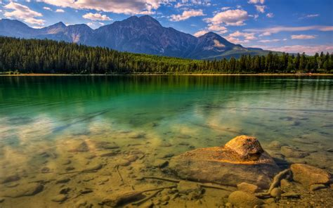 beautify worldwide world most beautiful lake wallpapers most beautiful