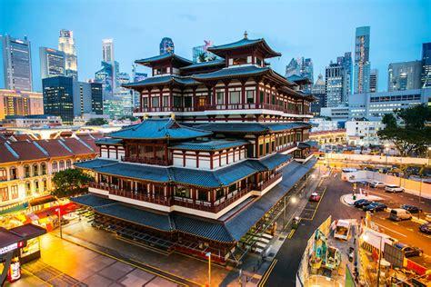 singapore asia famous  biggest tourist attraction