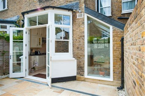 home front view 5726 side return extension chiswick w4