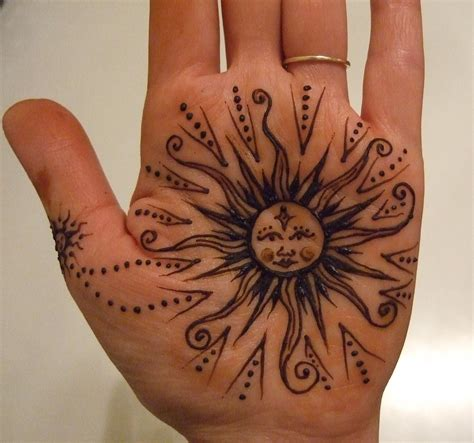 henna tattoo sun henna sun henna paste on the skin a sun for