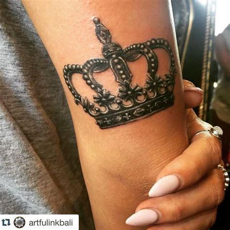 toronto tattoo queen east best 25 crown tattoo design ideas on pinterest crown