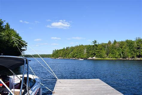 ontario cottage rentals cottage rentals ontario things you need to penguin