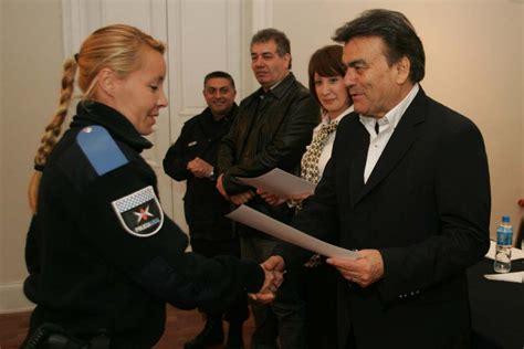 como anotarme en la policia local de berazategui 2016 quilmes reconocen por su labor a miembros de la polic 237 a