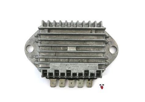 Regulator Tv derbi motoplat 12v regulator rectifier