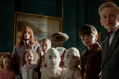 miss peregrine s home for peculiar children trailer on