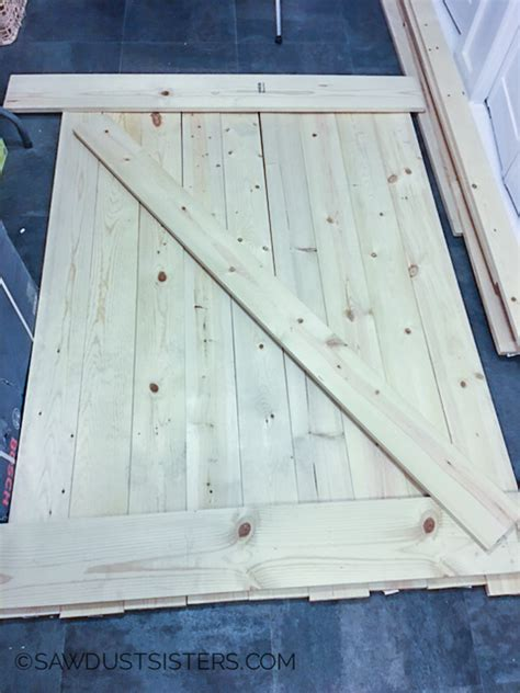 Barn Door Window Covering Plans - barn door window 1 sawdust