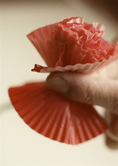 How To Make Paper Cupcake Liners - how to make paper flowers from cupcake liners
