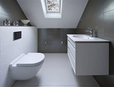 kleine badezimmerfliesen designs 34 attic bathroom ideas and designs