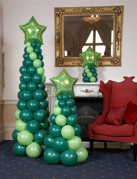 como hacer un pino de globos decorar con globos la navidad