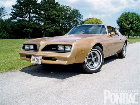77 Pontiac Firebird by 301 Moved Permanently