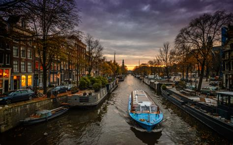 free boats amsterdam wallpapers amsterdam canal boat netherlands city evening