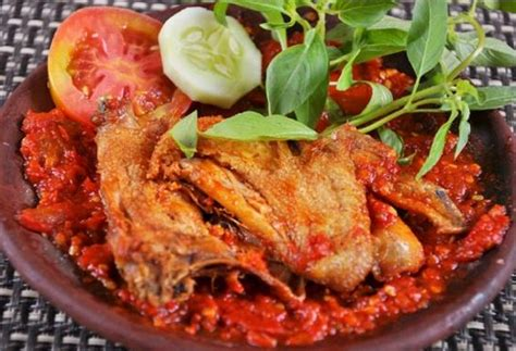 resep ayam penyet dan sambal pedas lezat resep harian