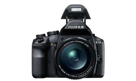 Kamera Fujifilm Finepix S1 die fujifilm finepix x s1 bridgekamera mit megazoom im test pc magazin