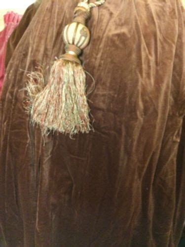 second hand velvet curtains 91 best images about second hand hotel curtains on