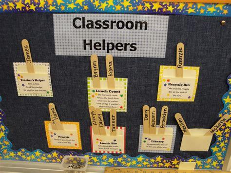 layout for bulletin board classroom desk layout ideas interiordecodir com