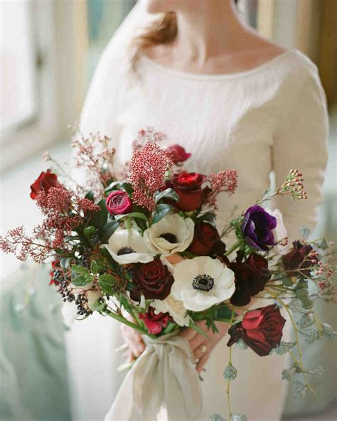 Winter Wedding Flowers by 52 Gorgeous Winter Wedding Bouquets Martha Stewart Weddings