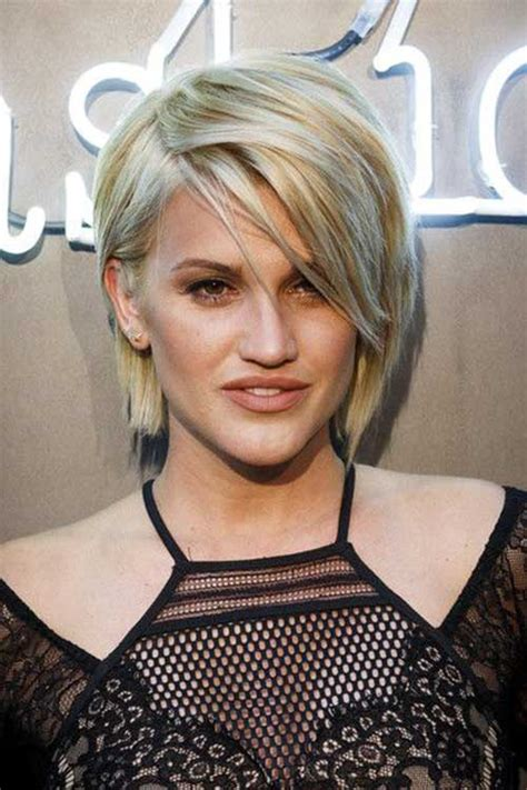 Razor Cut Bob Hairstyles by 10 Layered Razored Bob Bob Hairstyles 2017