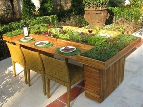 Garten Pflanzen Tisch by Holztisch Garten Europaletten Pflanzen Selber Bauen