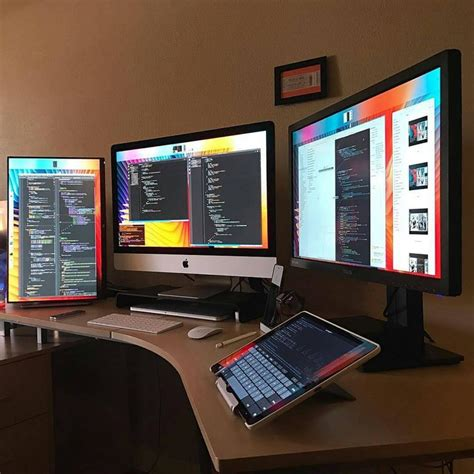 Programmer Desk Setup 830 Best Decor Workspaces Images On Desks Apartments And Desk Ideas