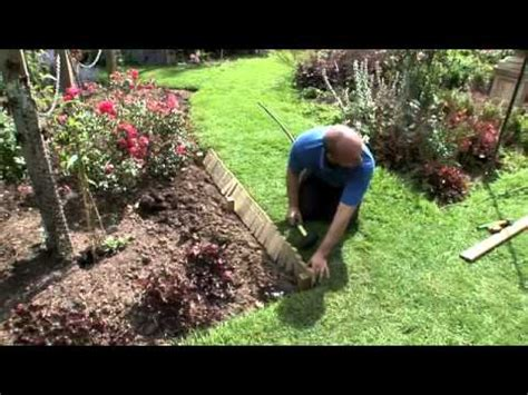 Install Landscape Edging Roll How To Install Log Roll Edging In Your Garden