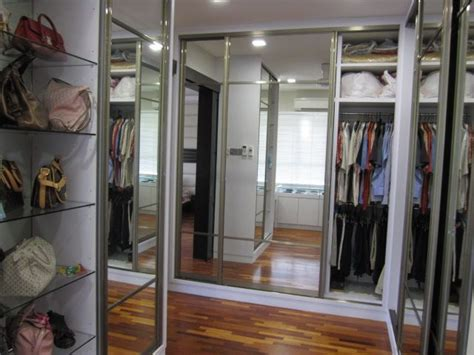 Shelves For Walk In Wardrobe by Small Wakin Closets Walk In Closet With Display Shelves