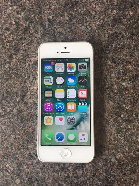 apple iphone 5 32gb in binfield berkshire gumtree
