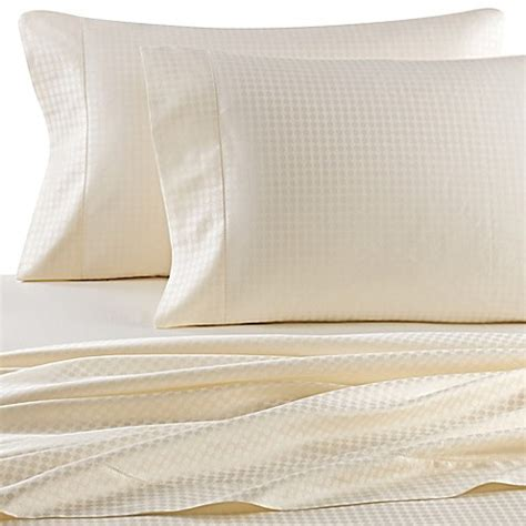 italian bed sheets buy versai piccolo italian made oval jaquard 4 piece queen