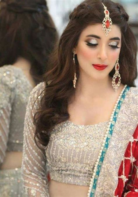 Latest Casual Hairstyles In Pakistan | pakistani actress actresses and bridesmaid hairstyles on