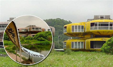 Townhouse Or House Sanzhi Pod City In Taiwan From Holiday Resort To Haunted