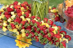 Summer weddings incorporate backyard bbq favorites into your