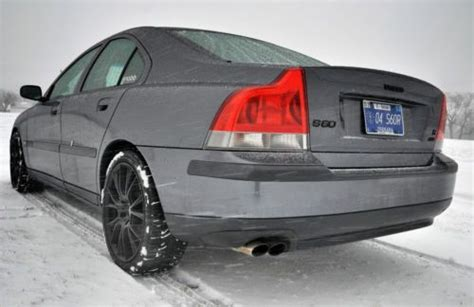 buy   volvo   sr awd  spd mt clean carfax  newaftermarket parts