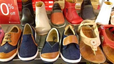 Sepatu Boots Buccheri sepatu anak anak ini harganya diskon 50 persen di buccheri