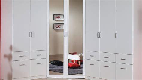 kleiderschrank eckschrank eckschrank bremen kleiderschrank in wei 223 mit spiegel