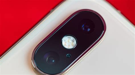 iphone xs here s how it looks the macro lens cnet